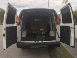 2009 Chevy Express 2500 for Sale in Orlando, FL