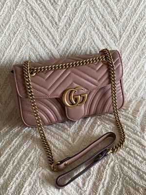 Gucci - Dusty Pink GG Marmont Small Matelasse Shoulder Bag for Sale in Irvine, CA