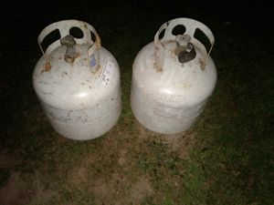 2 , 5gal propain tanks with newer tops to refill for Sale in Tacoma, WA
