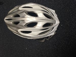 Cannondale bike helmet like new for Sale in Lake Grove, OR