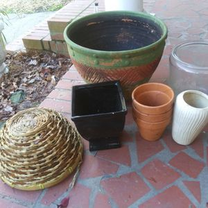 FLOWER POTS and MORE ALL FOR 12.00 for Sale in Chesapeake, VA