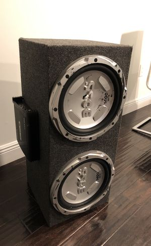 "2 12"" Boss subwoofers with box and 1000 watt amp for Sale in Miami, FL"