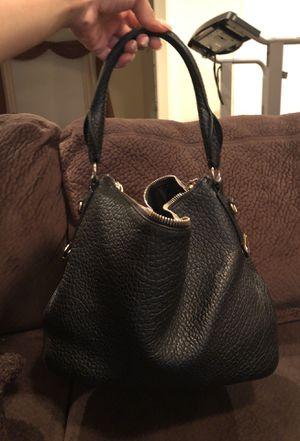 Burberry handbag for Sale in Fort Washington, MD