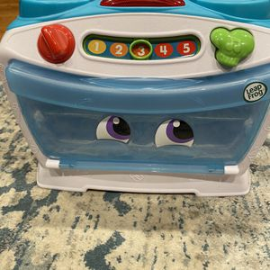 LeapFrog Number Lovin' Oven, Teal for Sale in Seaford, NY