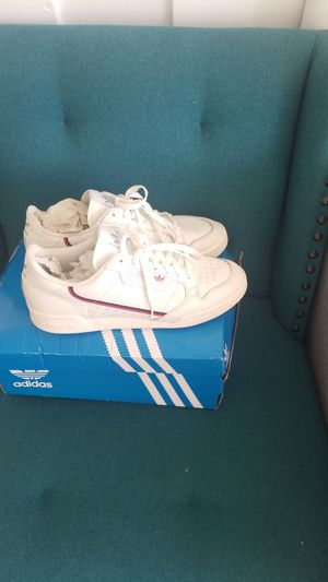 Adidas 80 contetnal off white size 10 for Sale in San Diego, CA