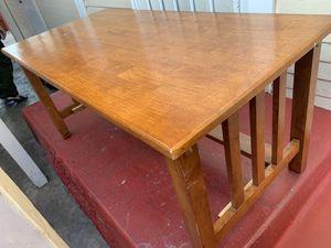 Mesa de centro de madera for Sale in South Gate, CA