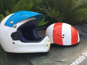 2 Motorcycle Helmet s for Sale in Cerritos, CA