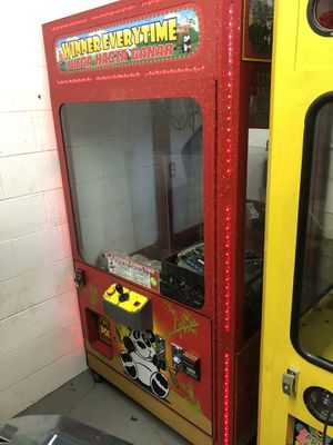 Winner every time ball or plush crane video arcade game for Sale in Fresno, CA