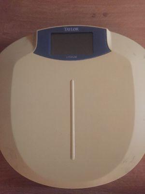Digital bathroom scales for Sale in St. Petersburg, FL