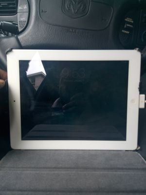 iPad 2 with phone and wifi for Sale in Forest Heights, MD