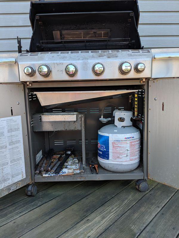 Weber Summit series gas grill