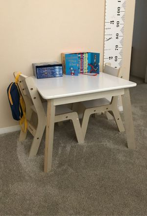 Toddler table and chairs for Sale in Riverside, CA