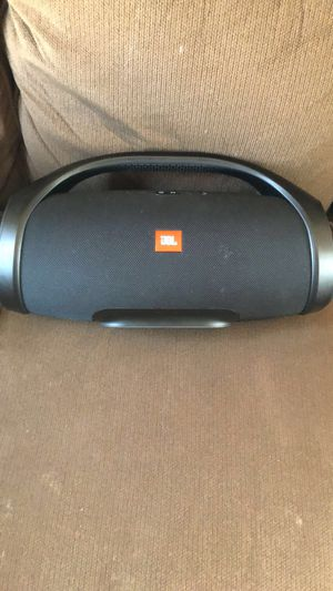 JBL Boombox for Sale in Riverview, FL