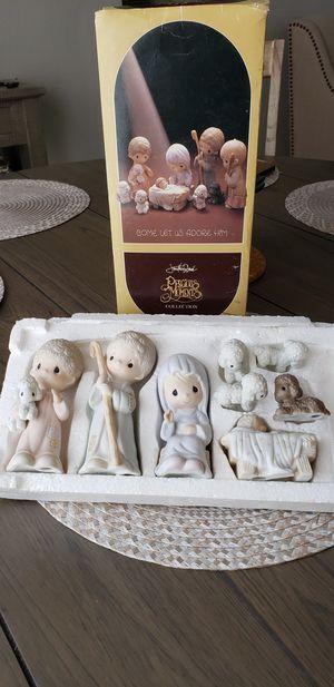 Antique Precious Moments Nativity Set 1979 Edition for Sale in Pembroke Pines, FL
