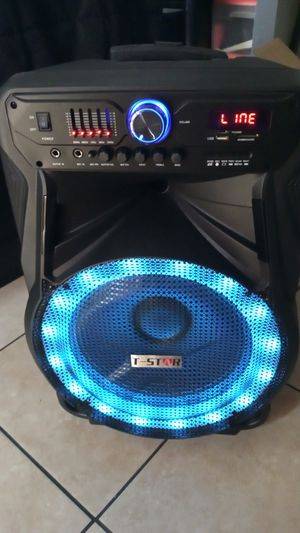 Brand New speaker in the box has Bluetooth fm am great sound base very very loud only for 200 bucks it's a 15 in 8000 watts for Sale in Phoenix, AZ
