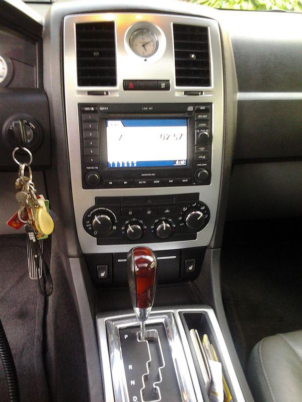 2005 Chrysler 300C with HEMI Fully Loaded