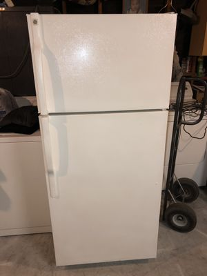refrigerator general electric for Sale in Corona, CA