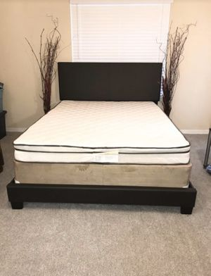 Brand new queen espresso bed frame for Sale in Atlanta, GA