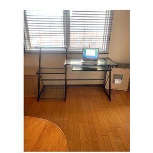 Desk for Sale in Hoboken, NJ