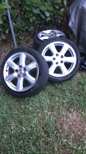 Tired and rims for Sale in Miami, FL