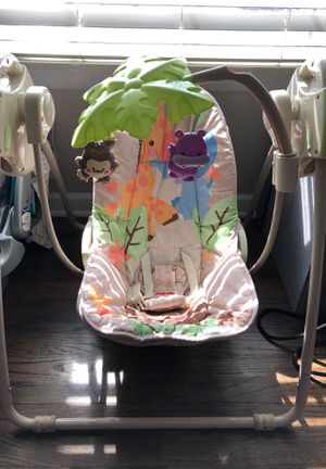 Fisher Price Baby Swing for Sale in Saint Clair Shores, MI