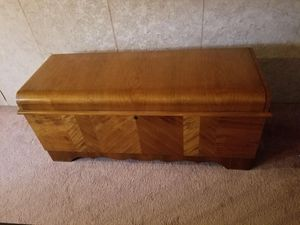 Lane Hope Chest for Sale in Tacoma, WA