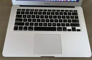 2014 MacBook Air 4GB RAM 128GB Storage for Sale in Jacksonville, FL
