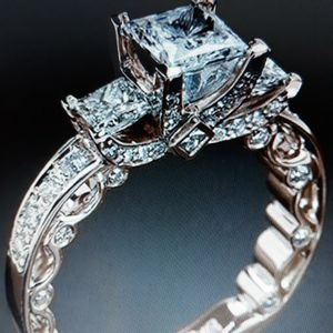 925 Sterling Silver Three Stones Princess Cut Simulant Diamond Engagement Ring, Size 6. for Sale in Dallas, TX