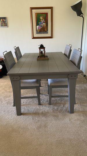 Dining table for Sale in Arlington, VA