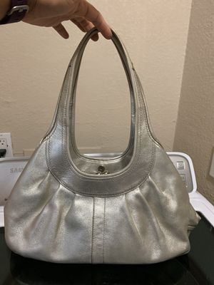 Coach leather purse needs cleaning inside $10 for Sale in Fort Worth, TX