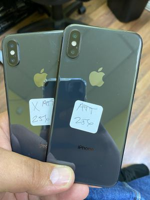 IPHONE X 256GB LIKE NEW AT&T OR CRICKET for Sale in Garland, TX