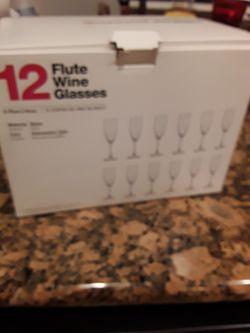 Flute Champane Set for Sale in Fontana,  CA