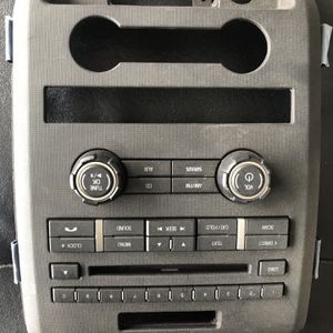 Ford 150 Factory Radio for Sale in Farmersville, TX