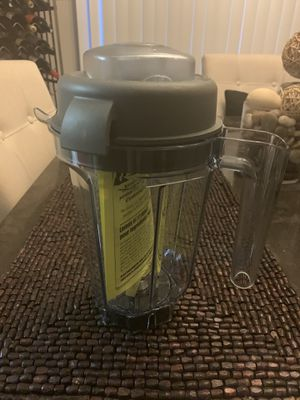 Vitamix 32oz Dry Container for Sale in Ashton-Sandy Spring, MD