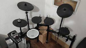 Roland TD-11 Electronic Drumset for Sale in San Tan Valley, AZ