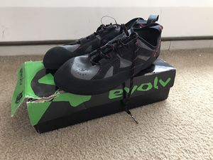 Evolv Nighthawk climbing shoes for Sale in Negaunee, MI