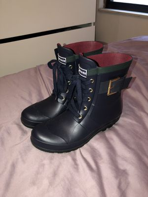 Tommy Hilfiger rain boots 7 for Sale in Columbus, OH