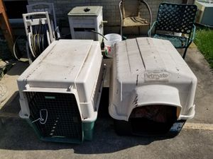 Dog house and dog taxi. for Sale in IL, US