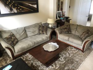 Couch and love seat with accent pillows for Sale in La Quinta, CA