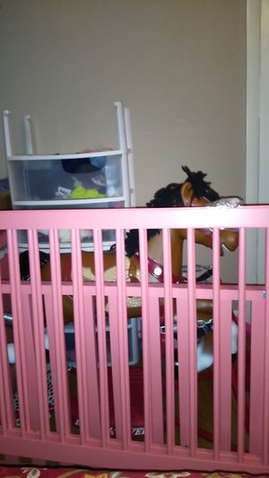 Baby crib for Sale in Browns Mills, NJ