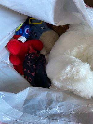 Free bag of stuffed animals for Sale in El Monte, CA