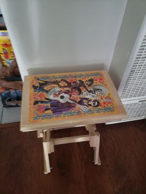 Kids desk. for Sale in Culver City, CA
