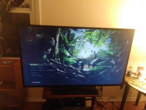 55 inch samsung tv smart with remote worth 500 at store for Sale in Nashville, TN
