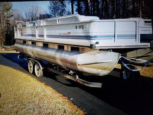 Pontoon boat for Sale in Fredericksburg, VA