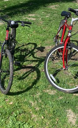 Bikes Magna And Giant  for Sale in Tracy, CA