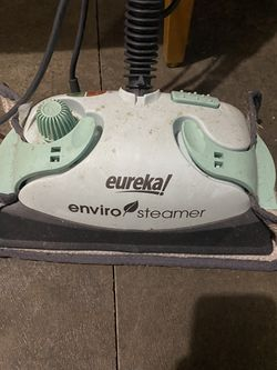 Eureka steam mop for Sale in Issaquah,  WA