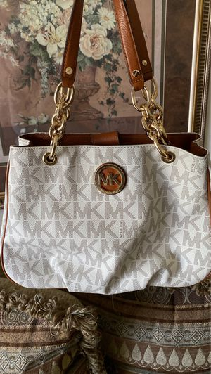 Michael Kors Purse Barley Used! for Sale in MONTGOMRY VLG, MD