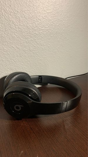 Beats Solo 3-Wireless for Sale in Jacksonville, FL