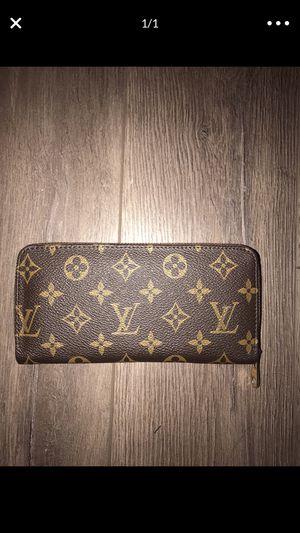 Women's wallet for Sale in Sterling Heights, MI