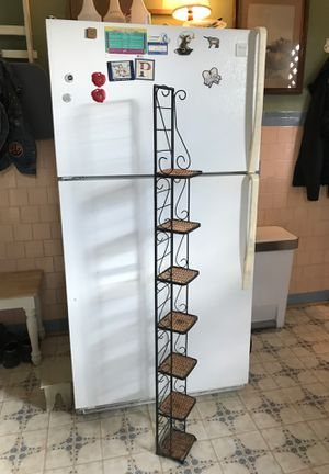 Metal and wicker rack for Sale in Houston, TX